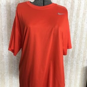 Men's Nike dri-fit orange tee.